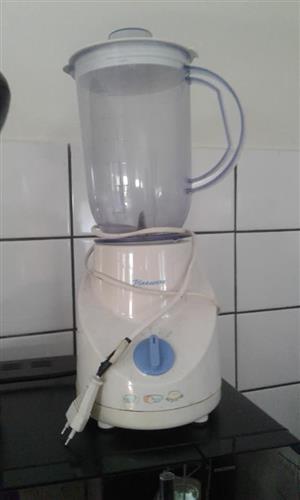 Pineware blender