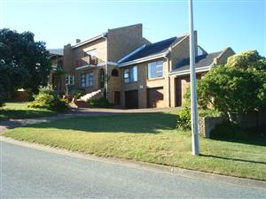House in Beautiful Mossel Bay