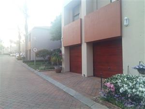 Secure Cluster for sale in Bedfordview