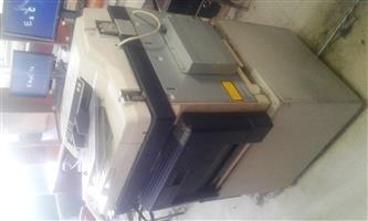 Toshiba E-Studio 212 Printer and copier machine R 5 000