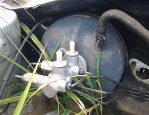 Kia Picanto 04-11 Brake Booster, Brake Fluid Bottle & Brake Master Cylinder