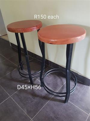 Solid wood and steel bar stools