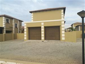 Double Story in a secure estate available to rent 1 December