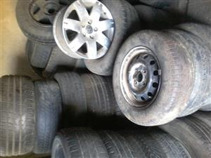 used tyres for cars,trucks and ordinary rims,magrims truck rims and tyres