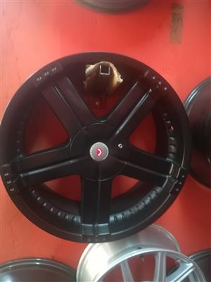 """set of 4by4 20"""" Mags/Rims affordable price"""