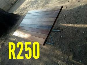 Wooden pallet folding table