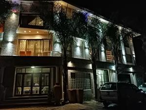 lenasia guest lodge     011  8523600  /  0825811488      Lenasia