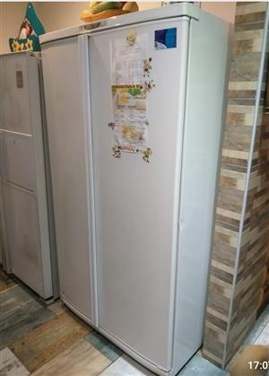 Defy 620 liter fridge freezer