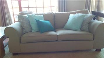 COUCH / SOFA SUITE. WETHERLYS 3.5 DIVISION x 2 COUCHES. FULLY UPHOLSTERED STONE BEIGE