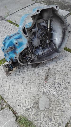 Nissan 1400 Gearbox Front wheel drive