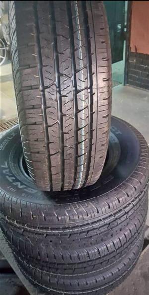 265/65/17  Bridgestone Dueler x4 new tyres for R4000.00.