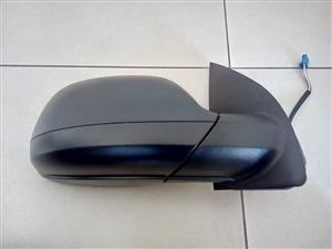 VW AMAROK 10/16 BRAND NEW DOOR MIRROR ELECTIC FOR SALE PRICE:R1795
