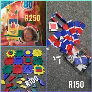 Educational Toys / puzzles / buildingblocks / cd's