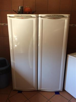 BOSCH Double standing fridge and freezer