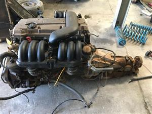 Mercedes-Benz M104 3.2L engine in very good condition