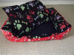 We are manufacturers of stunning pet beds!!