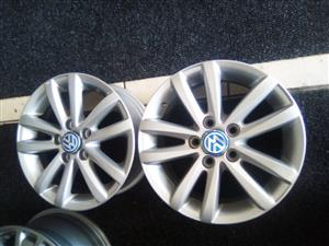 14 inch x4 WV Polo new rims with 5x100 pcd R3299.