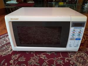 Sharp R-341C Microwave Oven