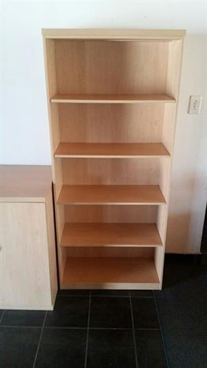 5 Tier maple melamine bookshelf