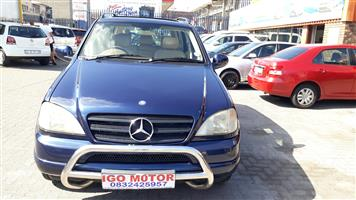 2001 Mercedes Benz ML 400