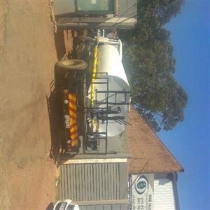 water tanker manufacturing with hydraulic system installation