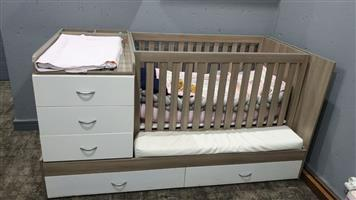 3 in 1 Cot Bed
