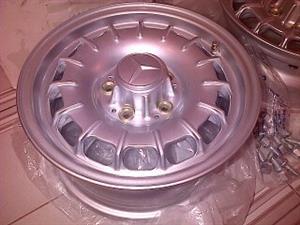 Genuine Part Mercedes-Benz SL Pagoda14inch Alloy Wheels