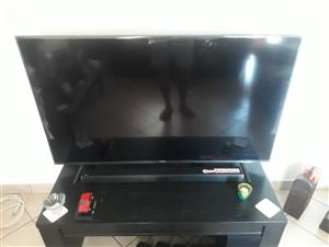 55' ULTRA SMART HISENSE TV AND LG SOUND BAR