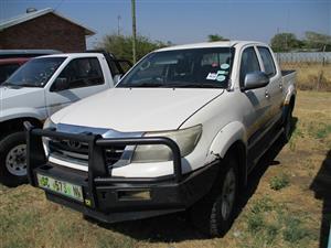 2011 Toyota Hilux double cab HILUX 2.4 GD 6 RB S P/U D/C