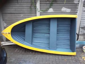 Small boat with 4.5 HP Mercury Emgine.