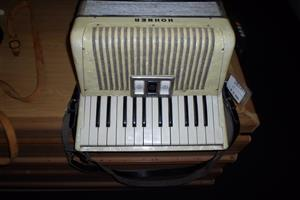Hohner Student VM Accordion