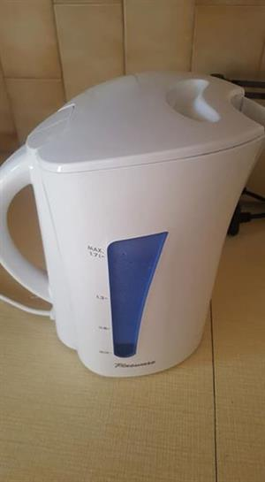 Pineware kettle for sale