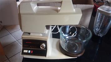 Oster cake mixer, liquidizer and mincer