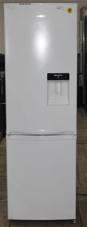 Kelvinator fridge with water dispenser S036292A