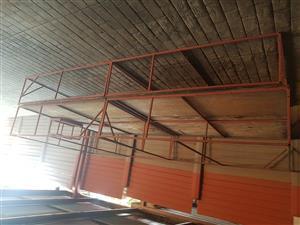 Stage for sale/Verhoog te koop