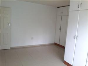 2 Bedroom Granny cottage to rent in Seaview Queensburgh R6500pm