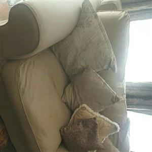 Lounge Suite Coricraft x 2 Couches