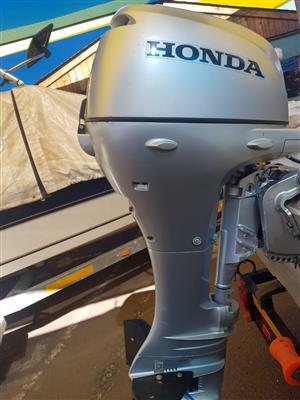 15Hp Honda 4 Stroke Motor (only motor)