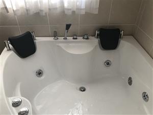Freestanding Spa bath