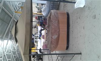 Outdoor Jacuzzi for sale with canopy