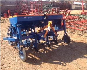 S3159 Blue Hippo 5 Row Wheat Planter / 5 Ry Koring Planter Pre-Owned Implement