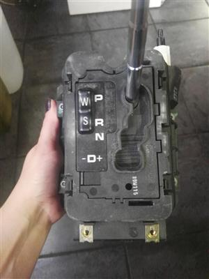 Mercedes W210 Gear selector for sale | Junk Mail