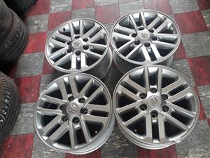 17 Toyota mag wheels with cabs