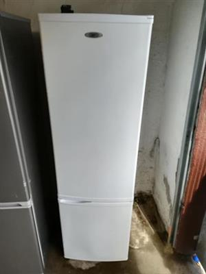 Beautifull Defy frige and freezer in mint condition working 100percent