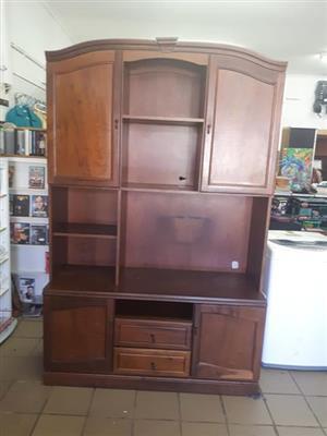 Solider oak TV Unt