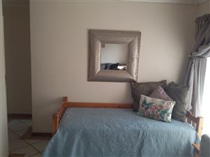 Neat top unit in Complex, available immediately A must Have!