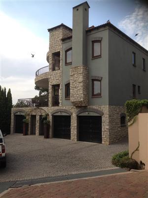 Modern 3 Storey House