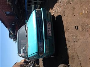 Stripping Fiat Uno 1997 for Spares