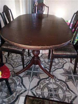 Dinning table, chairs and side board