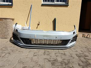Golf 7 gti complete front bumper for sale